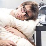 9 Cara Mengatasi Galau Karena Cinta Bertepuk Sebelah Tangan