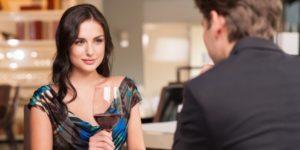 10 Cara Cerdas Memikat Hati Wanita yang Baru Anda Kenal