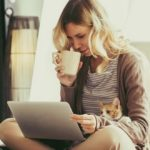 15 Ciri Orang Introvert yang Mungkin Tidak Anda Ketahui