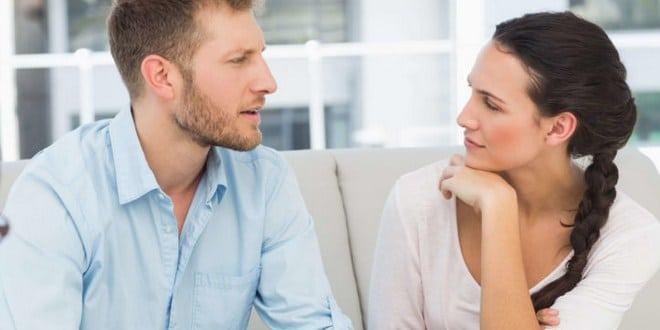 Ilustrasi diskusi dengan suami