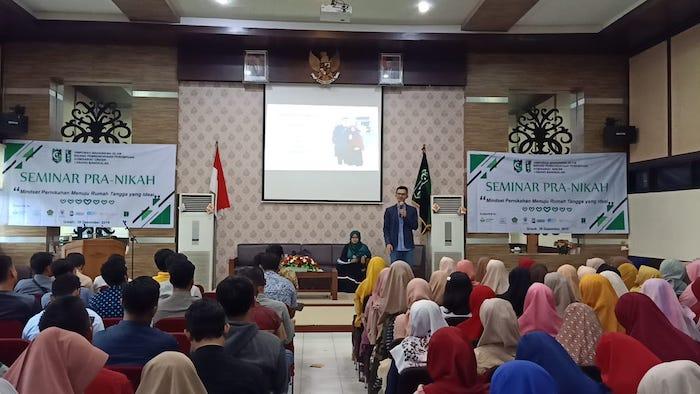 Contoh seminar pra nikah